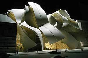 Corcoran_gehry_wing_1